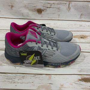 New Balance 690 V2 Trail Running Shoe Size 10